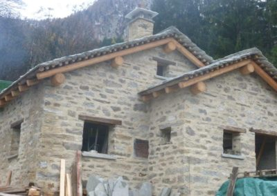 cantiere casa in sasso